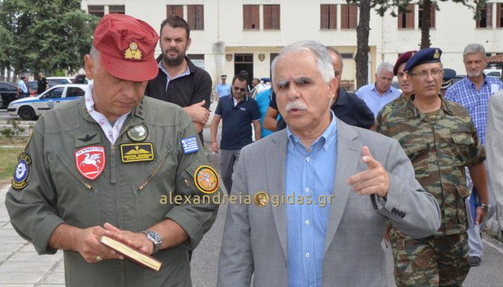 Στο κέντρο φιλοξενίας προσφύγων Αλεξάνδρειας βρέθηκε ο υφυπουργός Γιάννης Μπαλάφας (φώτο-βίντεο)