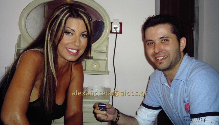 Flashback: Όταν η Άντζελα ήρθε για πρώτη φορά στο ΑΛΕΞΑΝΔΡΕΙΟ ΜΕΛΑΘΡΟΝ πριν από 11 χρόνια! (φώτο)
