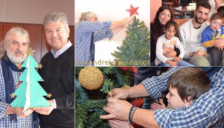 Το Ειδικό Σχολείο άναψε και φέτος το Χριστουγεννιάτικο Δέντρο στο ΚΑΠΗ Αλεξάνδρειας (φώτο-βίντεο)