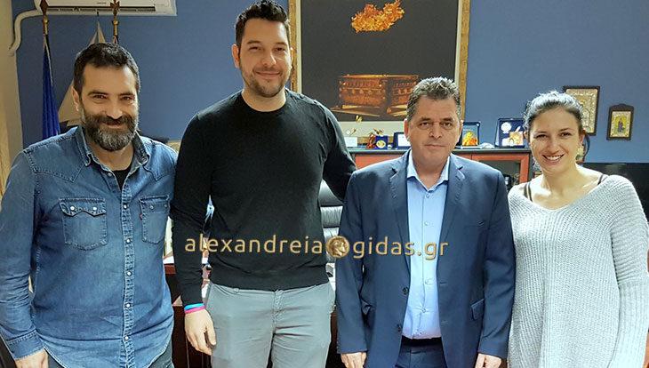 Συνάντηση Καλαϊτζίδη με φωτογράφους Κ-Δ Μακεδονίας για τις νέες βιομετρικές ταυτότητες