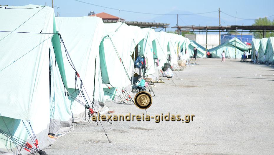 Προσλήψεις 2.300 ανέργων στα Κέντρα Φιλοξενίας Προσφύγων
