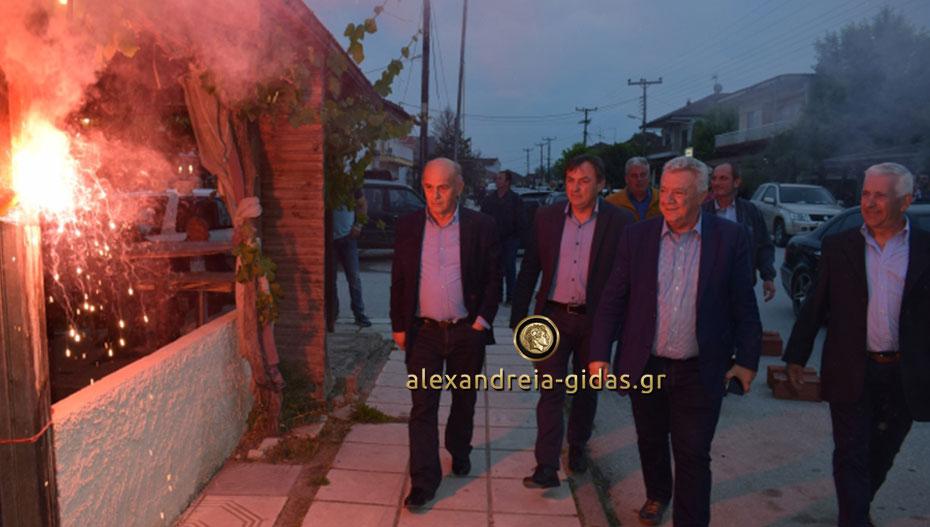 Συγκεντρώσεις Γκυρίνη σε Βρυσάκι, Καμποχώρι και Νησί: «Δείχνουμε τον δρόμο του νικητή» (εικόνες)