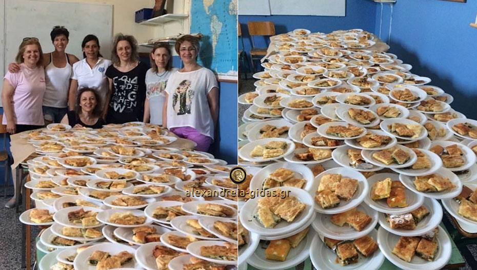 Έτοιμες οι πίτες και τα σκηνικά της παράστασης στην Κορυφή: Στις 21:30 η 11η Γιορτή Κορυφιώτικης Πίτας!
