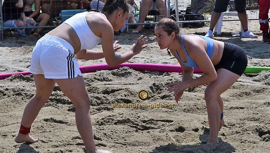 Δύο μετάλλια για τους παλαιστές της Αλεξάνδρειας στο πανελλήνιο πάλης στην άμμο (εικόνες)