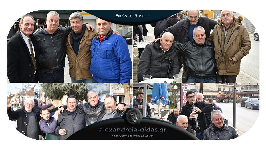 Γιόρτασε με φίλους στη Μελίκη ο Θέμης Τσιφόπουλος!