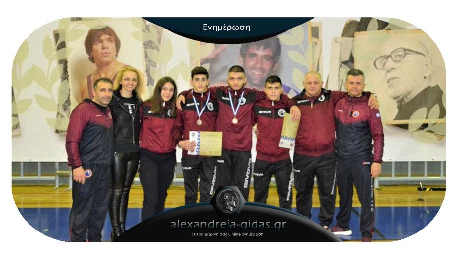 Δύο μετάλλια στο Πανελλήνιο Πρωτάθλημα για τους παλαιστές της Αλεξάνδρειας