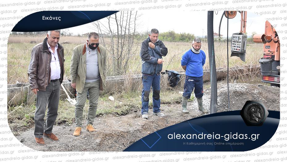 Σοβαρότερη από ότι αναμενόταν αποδείχθηκε η βλάβη αγωγού στην Αλεξάνδρεια – τι αναφέρει η ΔΕΥΑΑλ.