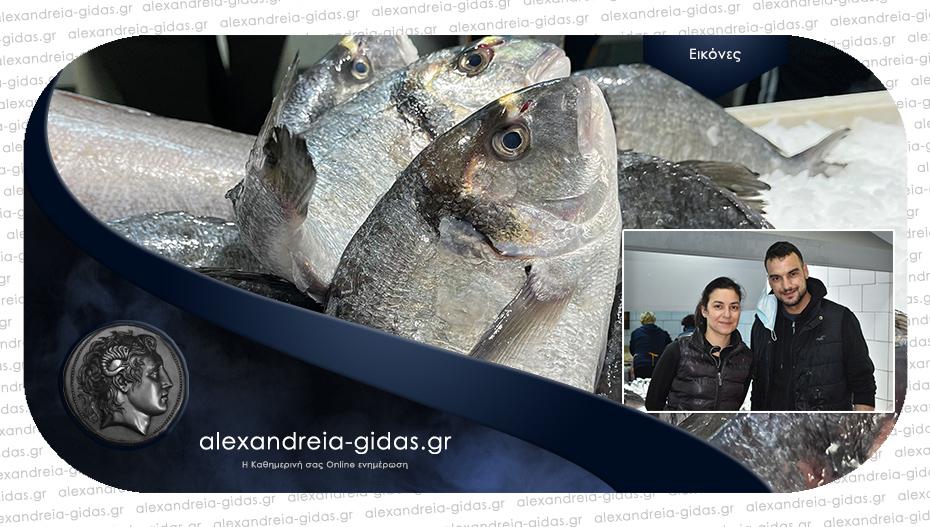 Σάββατο στο ΨΑΡΑΔΙΚΟ ΤΣΟΛΑΚΙΔΗΣ στην Αλεξάνδρεια – φρέσκα και ψημένα ψάρια!